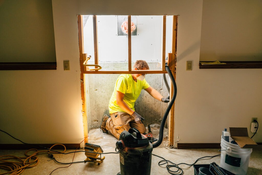 Zander employee cleaning crack site